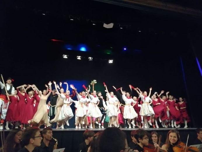 danzatori spagnoli liceo Barcellona