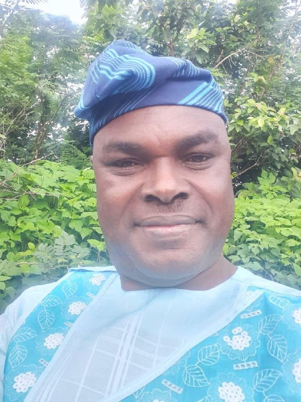 Lagos ADC chieftain, John Kome, defects to PDP