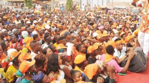 Ondo 2020: Thugs disrupt rally as Thousands Dump APC for ZLP in Akoko