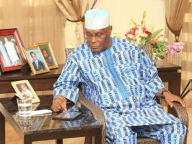 Only politically naive and vision less politician dump PDP for APC - Atiku