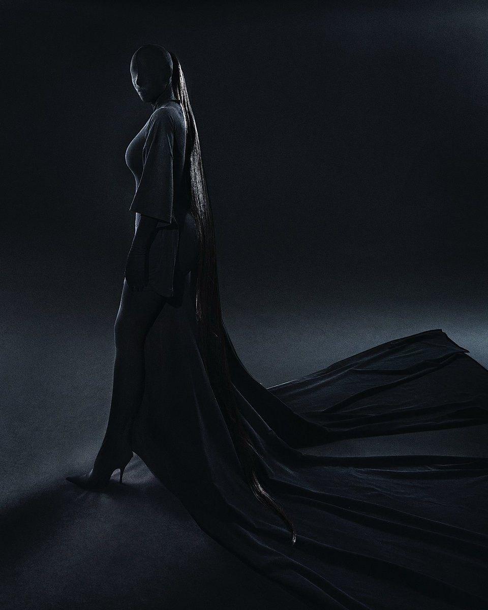 What Kim Kardashian wore under her mask at the Met Gala 2021