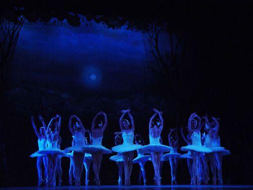 Madrid, Teatro Canal, 18 IX 2015 (Ballet Nacional de Cuba - Il lago dei cigni) 5