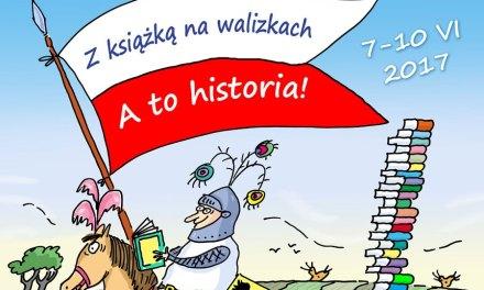 """""""  Z KSIĄŻKĄ NA WALIZKACH"""""""