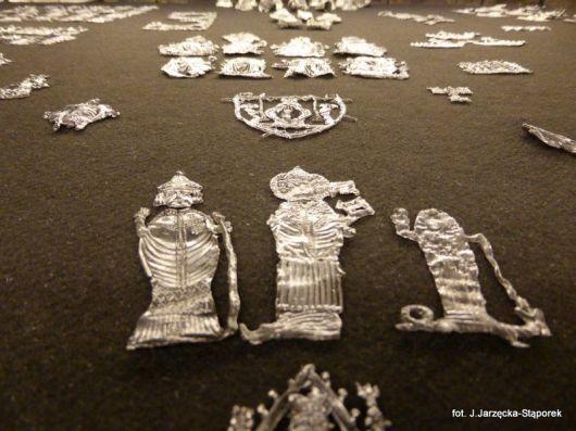 Plakietki pielgrzymie, XIV-XV w. z wykopalisk na Targu Siennym