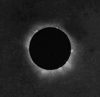Pierwszy w historii dagerotyp zaćmienia Słońca autorstwa Johanna Juliusa Friedricha Berkowskiego