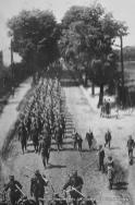 Wojsko polskie na ulicy w strefie przygranicznej