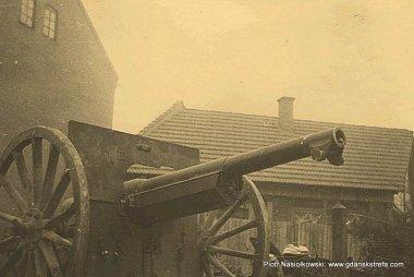 Polskie działo Schneider 75 mm na wyposażeniu I i II dywizjonu 30. Poleskiego Pułku Artylerii Lekkiej