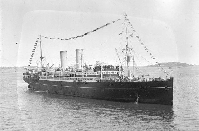 Kościuszko wchodzi do Bostonu 18 październik 1931 r.
