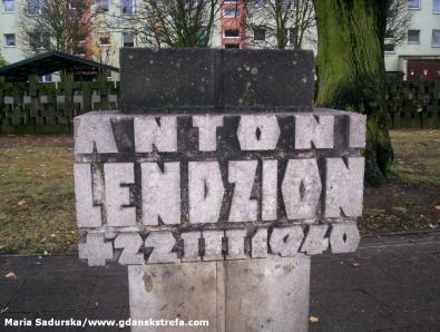 Symboliczna mogiła Antoniego Lendziona