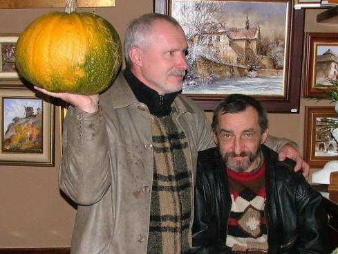 Dwaj kazimierscy malarze Michal Smolka i Waldemar Wojczakowski