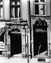 Grobla IV, po prawej nr 4 - Adler Apotheke
