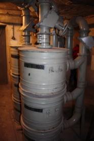 Urządzenie do filtrowania powietrza