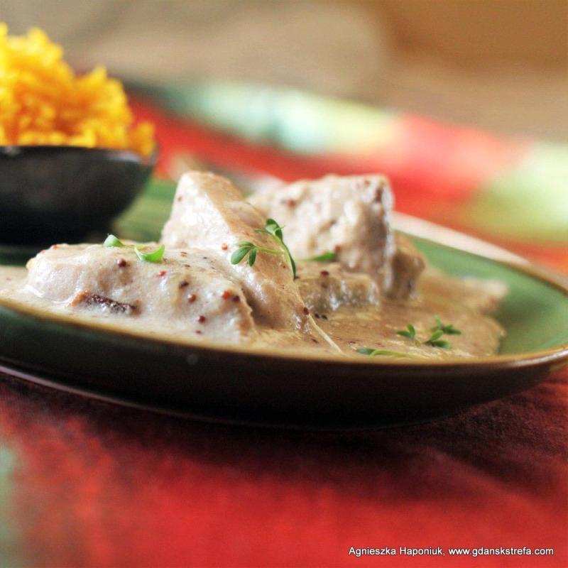 Egzotyczna ryba pieczona w jogurcie