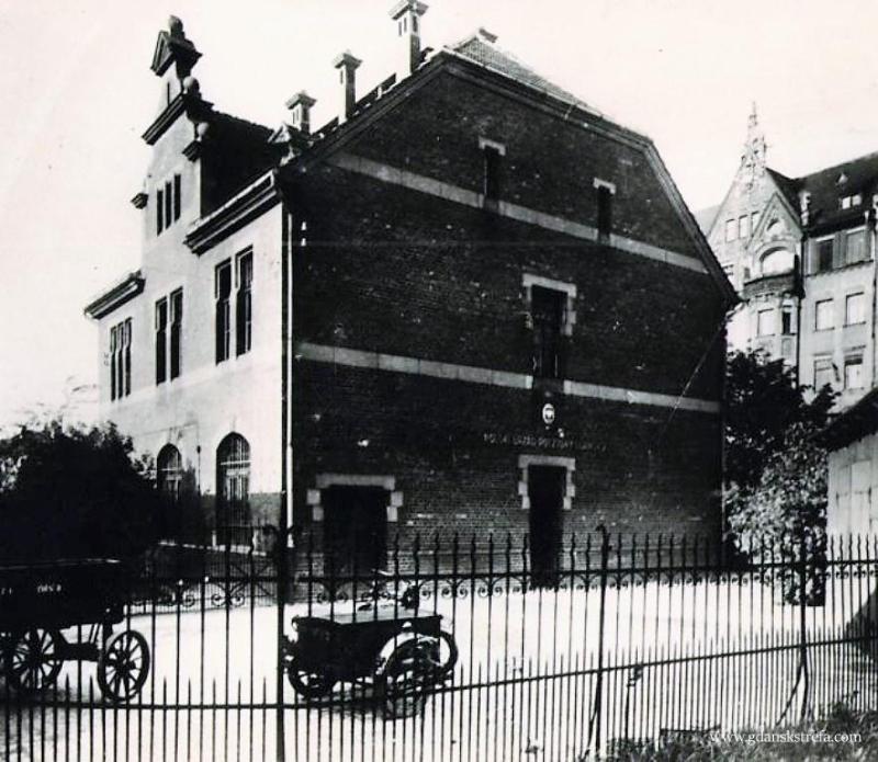 Polski Urząd Pocztowy Gdańsk 2 na dworcu kolejowym w Gdańsku, 1930, czyli Kolejowy Urząd Pocztowy