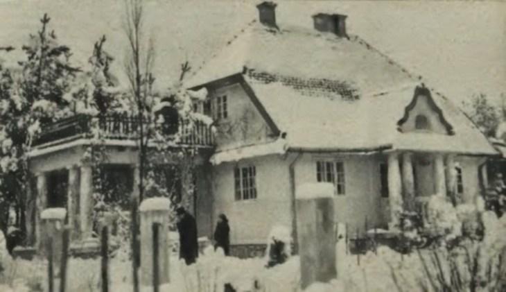 Willa Henryka Zaremby w Brzuchowicach pod Lwowem. Zdjęcie wykonano 31 grudnia 1931 roku, czyli następnego dnia po dokonaniu morderswta Lusi.
