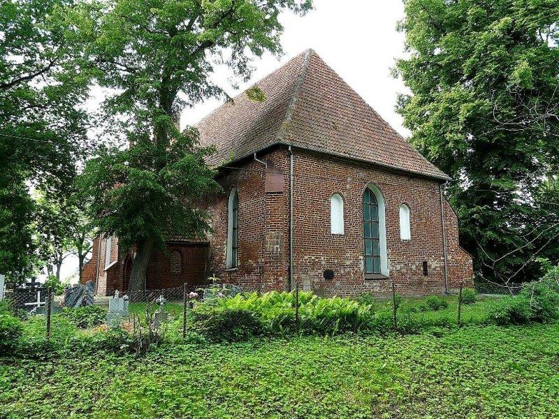 kościół w Myszewie