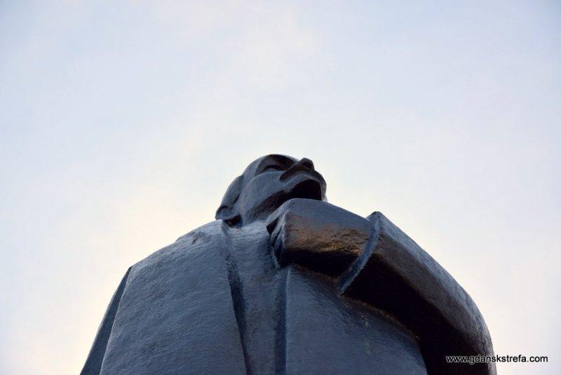 Lenin patrzy w dal