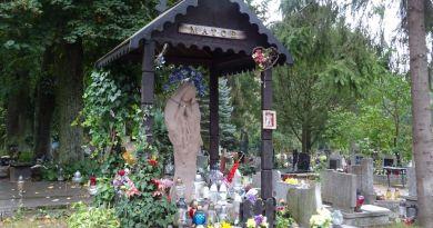 Oliwska nekropolia