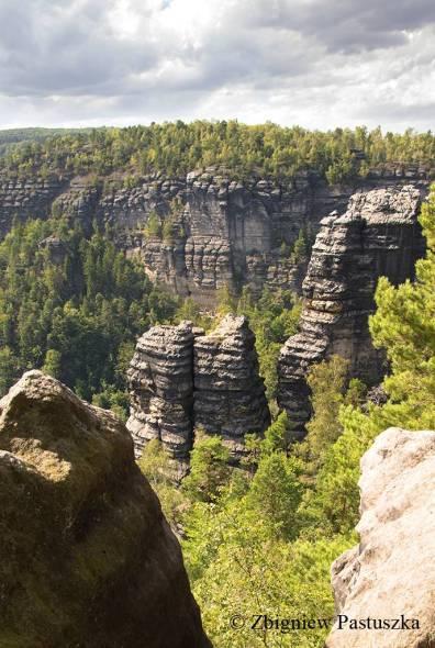 Różnorodne formy skalne Czeskiej Szwajcarii