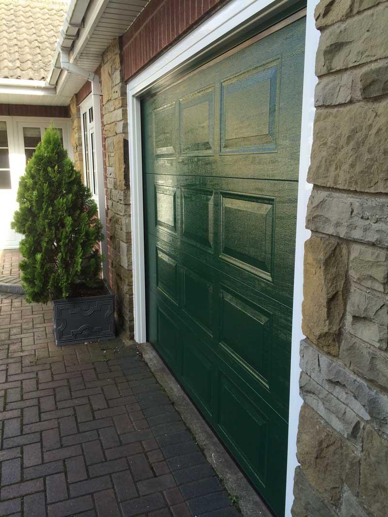 Automatic Garage Doors in Lincoln  Garage Door Company Grantham