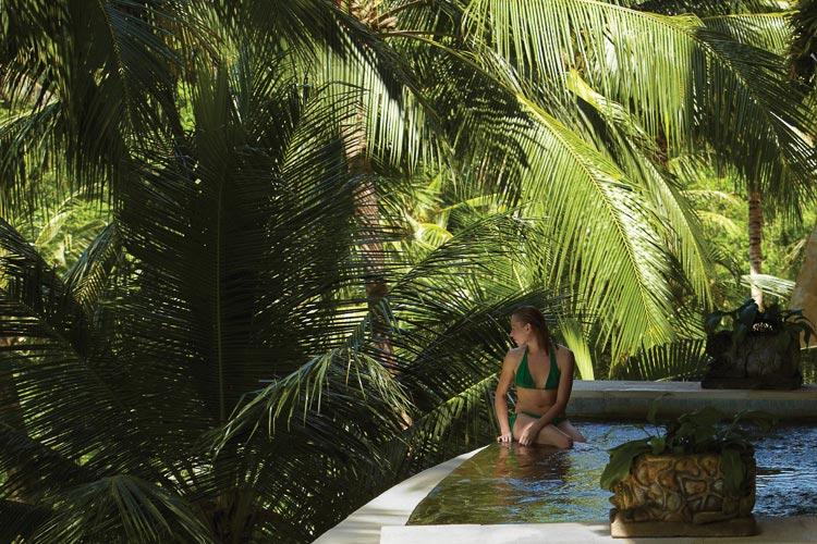 spa pool Four Seasons Bali Sayan
