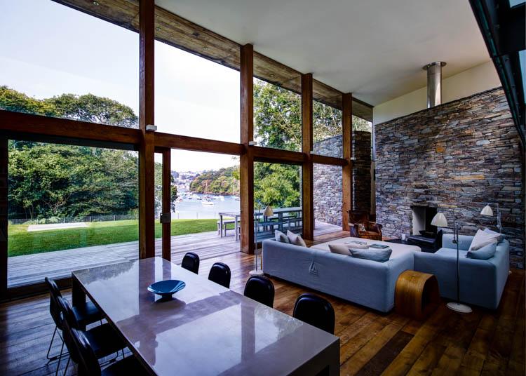 Pencalenick House, Fowey, Cornwall, UK waterside modern