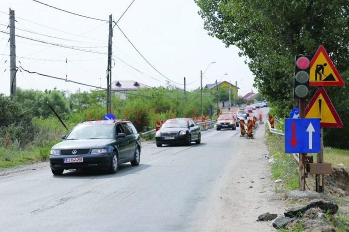 Podul de la Malu Mare a devenit un calvar pentru șoferii care circulă pe DN 55 Craiova - Bechet