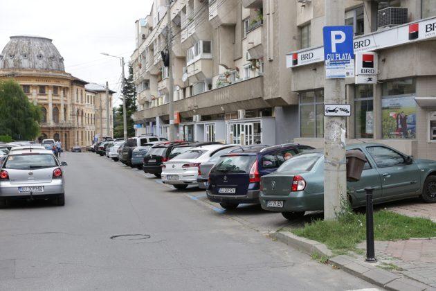 Parcările cu plată de pe strada Mihail Viteazul