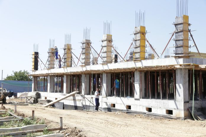 Primăria Işalniţa construieşte locuinţe sociale