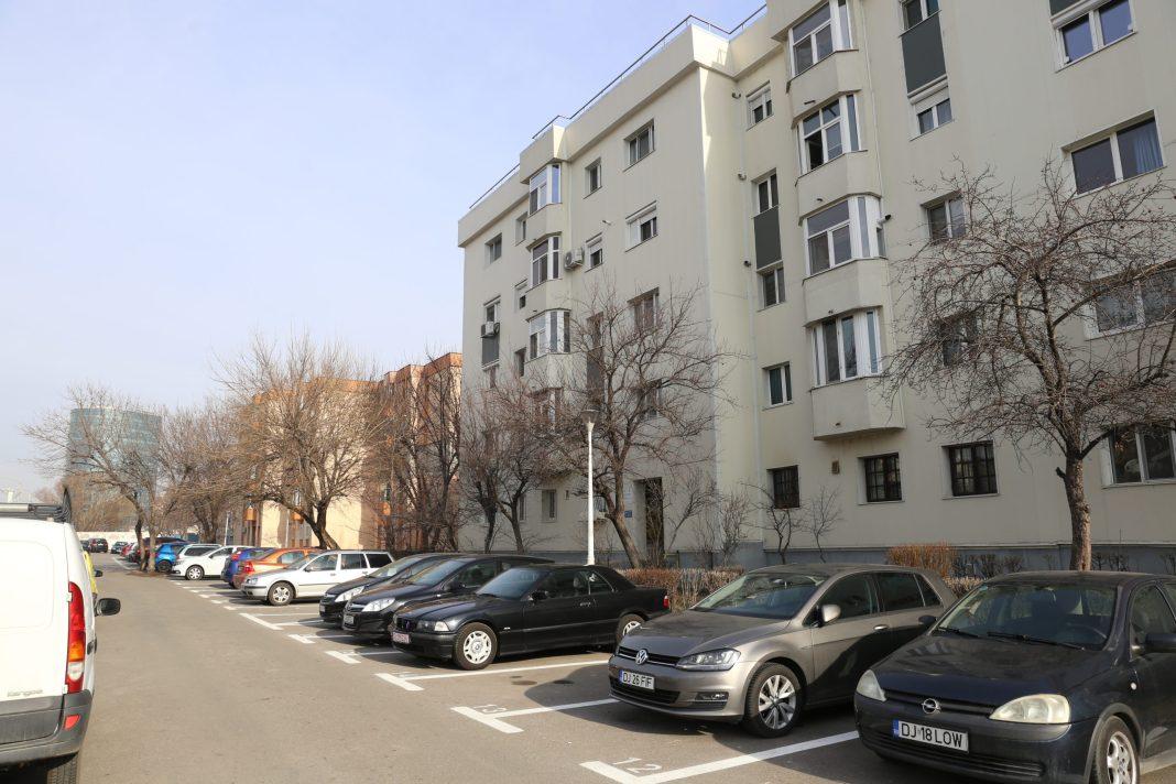 Primăria Craiova vrea să afle care este situaţia exactă a locurilor de parcare din municipiu şi cum poate fi îmbunătăţită capacitatea de parcare