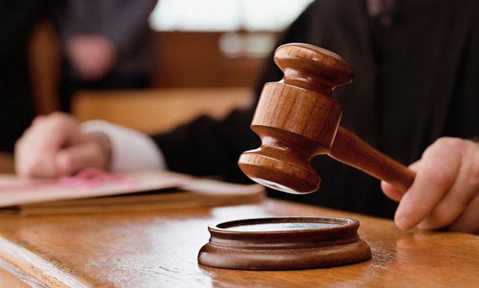 Şapte francezi acuzaţi de torturarea a trei români, condamnaţi la închisoare