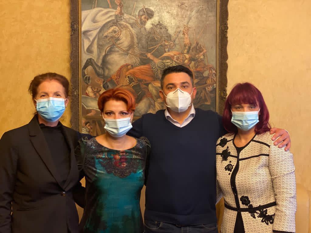 Dan Diaconu, alături de primarul Olguța Vasilescu și de cei doi viceprimari la numirea cărora a contribuit decisiv (Foto: Facebook Lia Olguța Vasilescu)