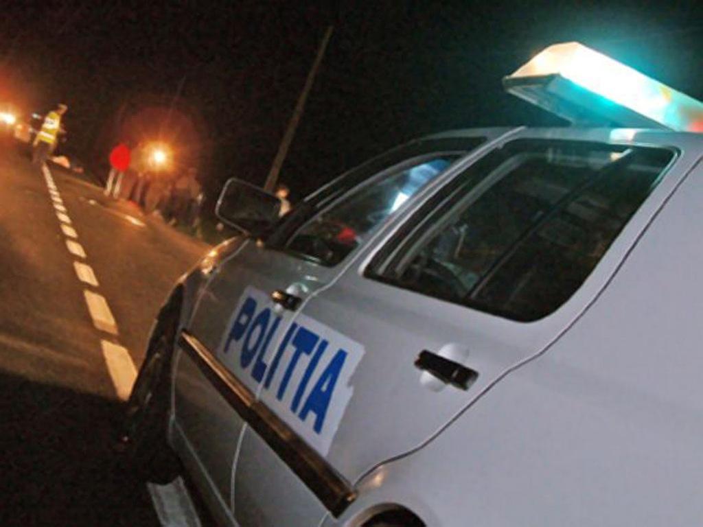 Polițiștii vâlceni au efectuat 7 percheziții în orașul Horezu pentru verificarea modului în care deținătorii legali de arme și muniții