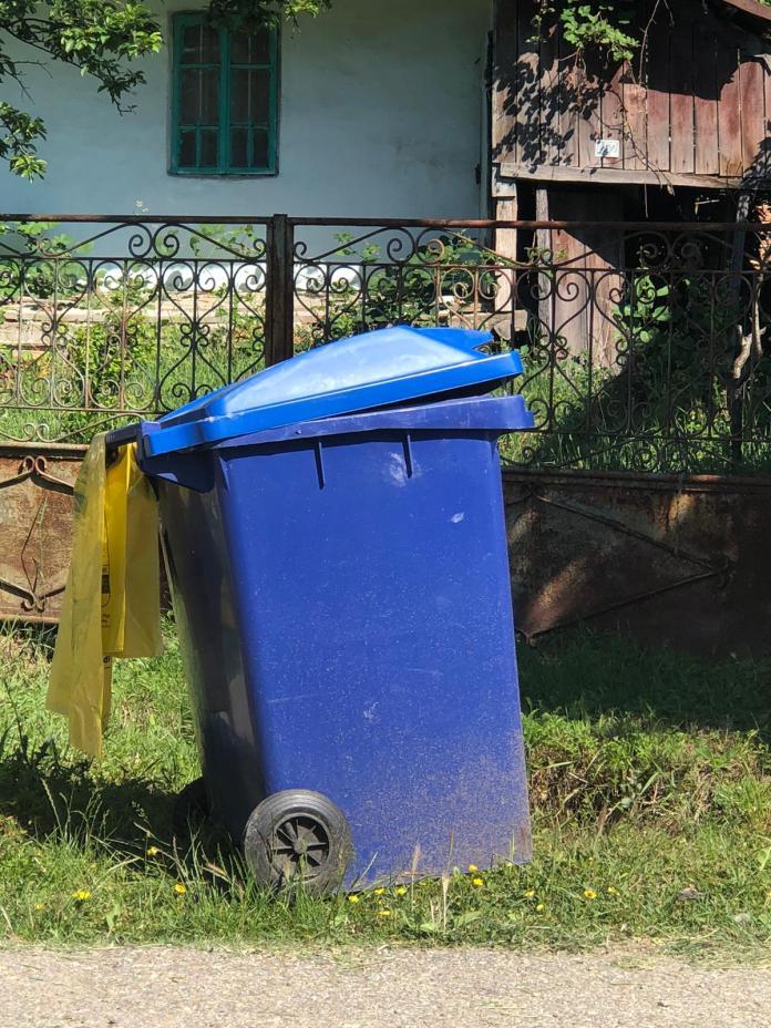 Craiovenii trebuie să returneze Salubrității Pubelele