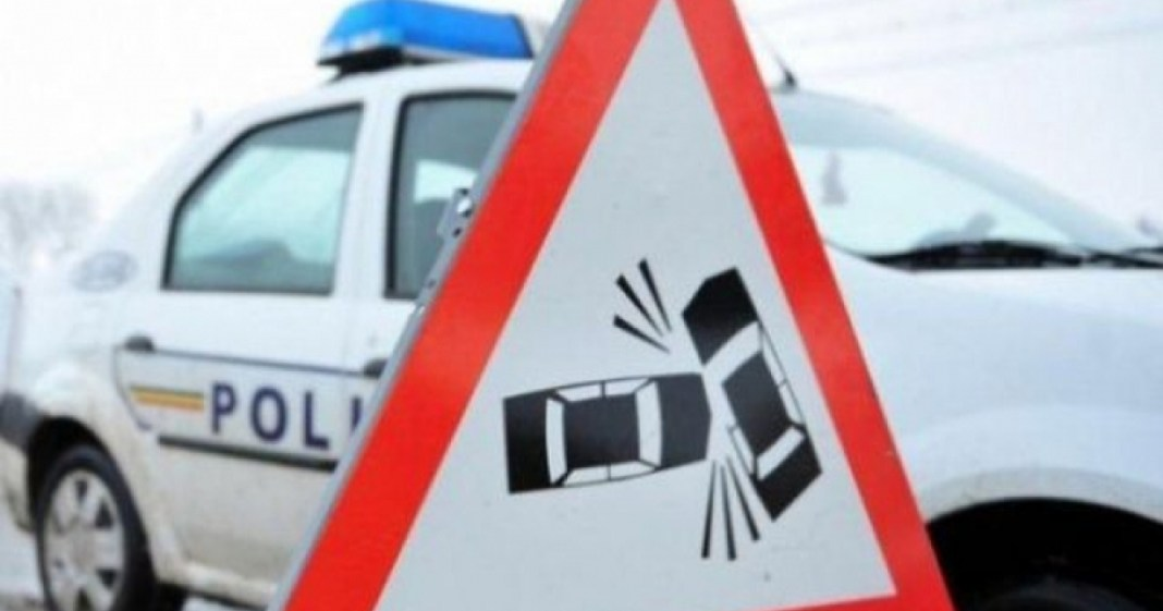 Vâlcea: Pieton acroșat de un autoturism, la Perișani