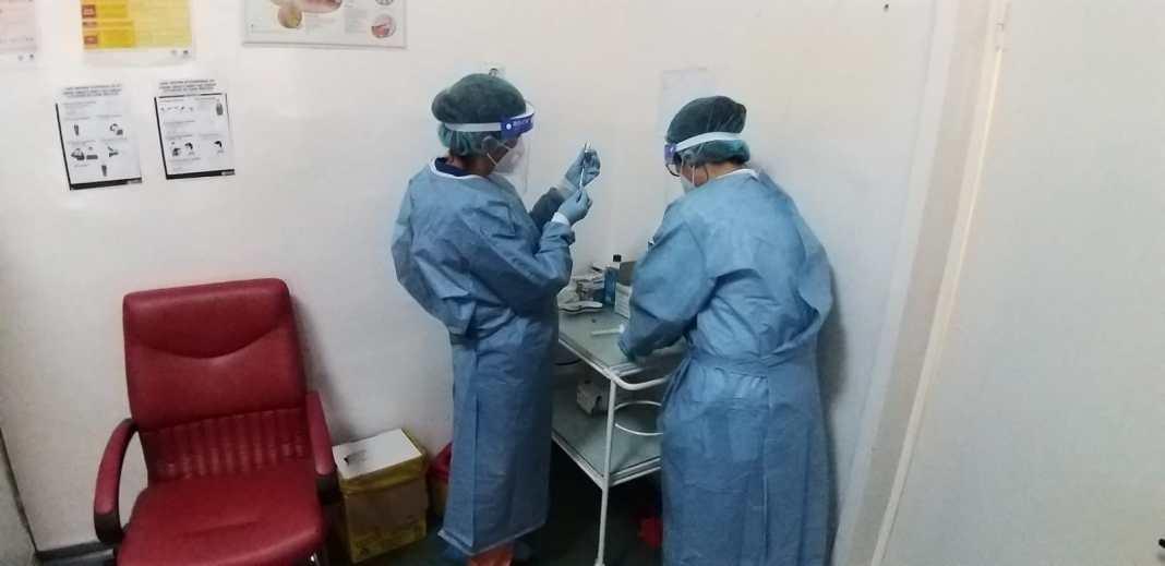 Centrele de vaccinare îi așteptă pe cetățeni