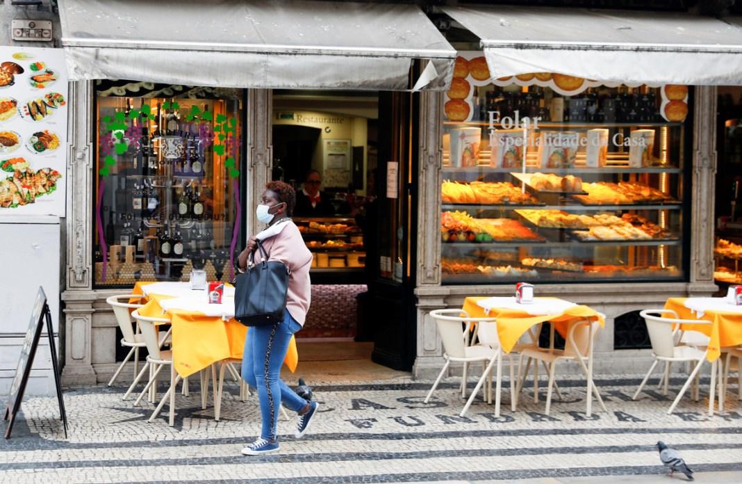 Portugalia a relaxat restricţiile, deschizând magazinele şi şcolile