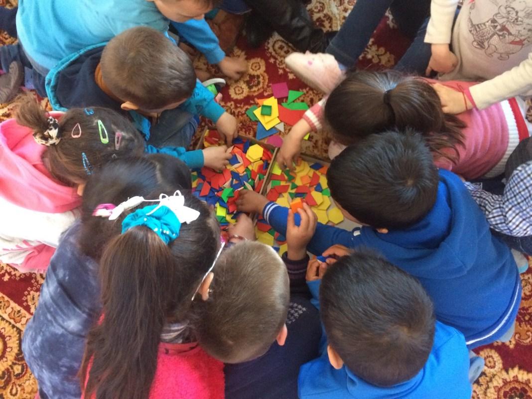 Măsurile de protecţie din creşe, grădiniţe şi afterschool-uri vor fi relaxate