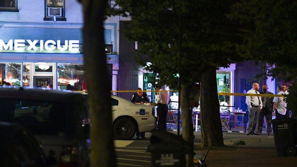 Atac armat la Washington, în apropierea Casei Albe. Două persoane au fost rănite