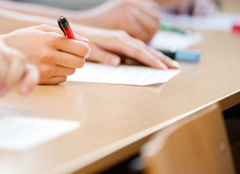 102 profesori doljeni au promovat examenul de definitivare