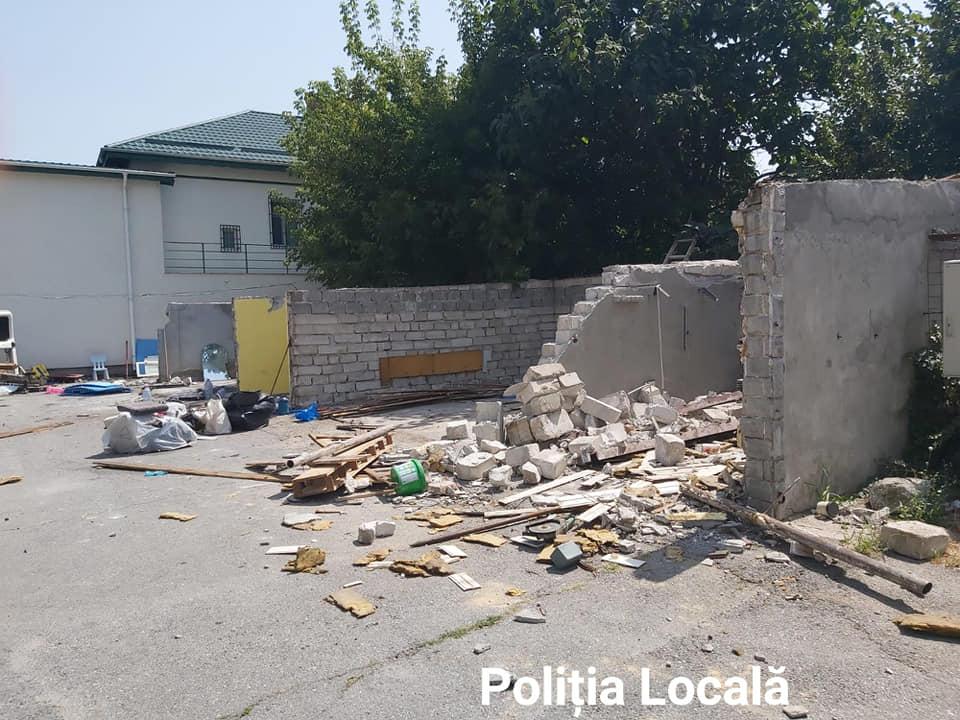 Garaje demolate/foto Facebook:Poliţia Locală Craiova