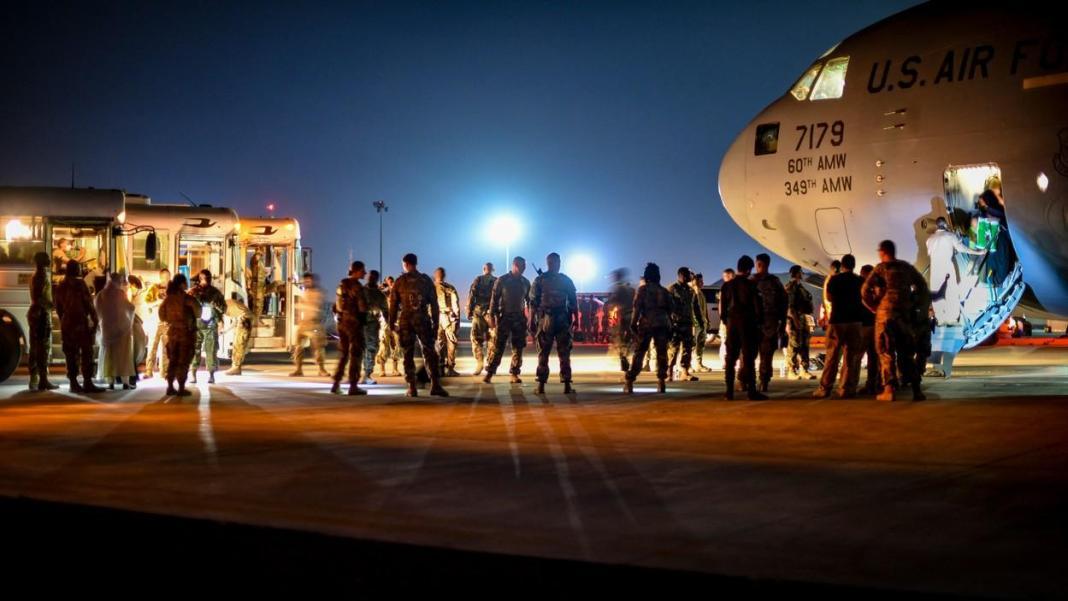 Spania și Franța vor opri vineri operațiunile de evacuare din Afganistan