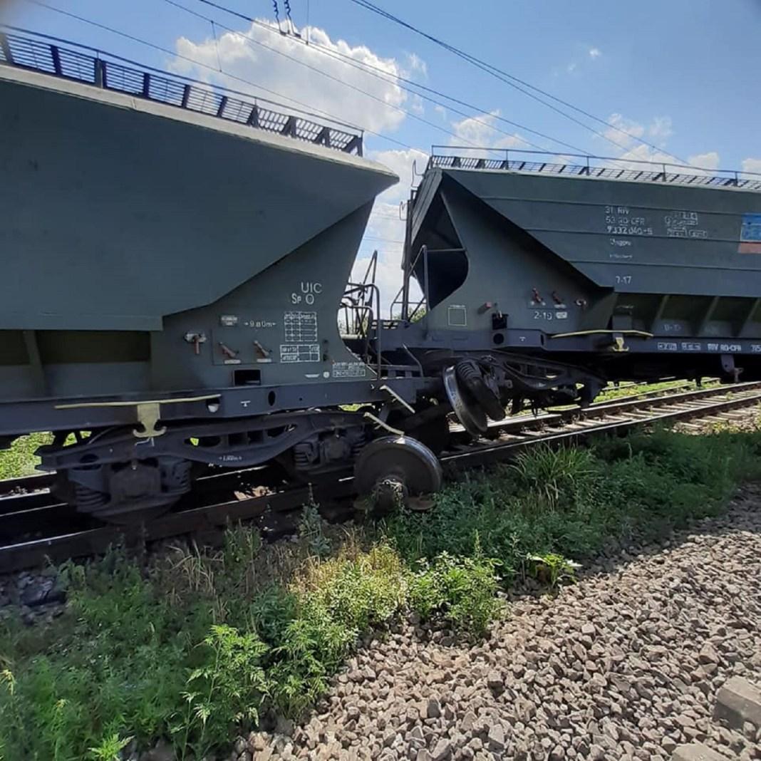 În urma incidentului traficul feroviar de călători spre şi dinspre Constanţa nu a fost afectat (Foto: evz.ro)
