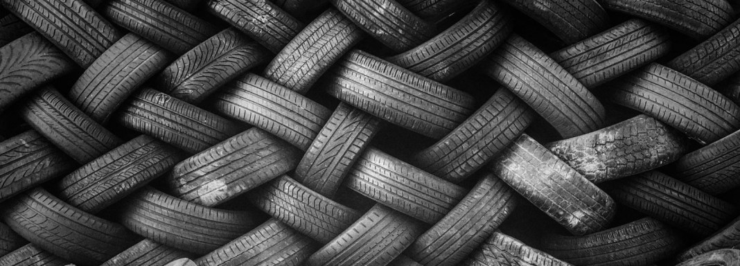 Cantitatea de 21 de tone deşeuri din cauciuc transportate ilegal din Bulgaria pentru Cehia a fost oprită la PTF Giurgiu