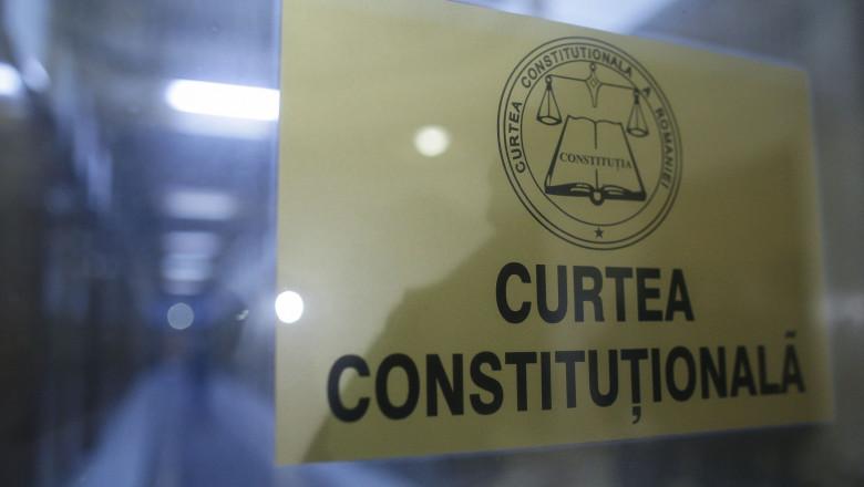 CCR amână decizia pe moțiunea de cenzură până după Congresul PNL
