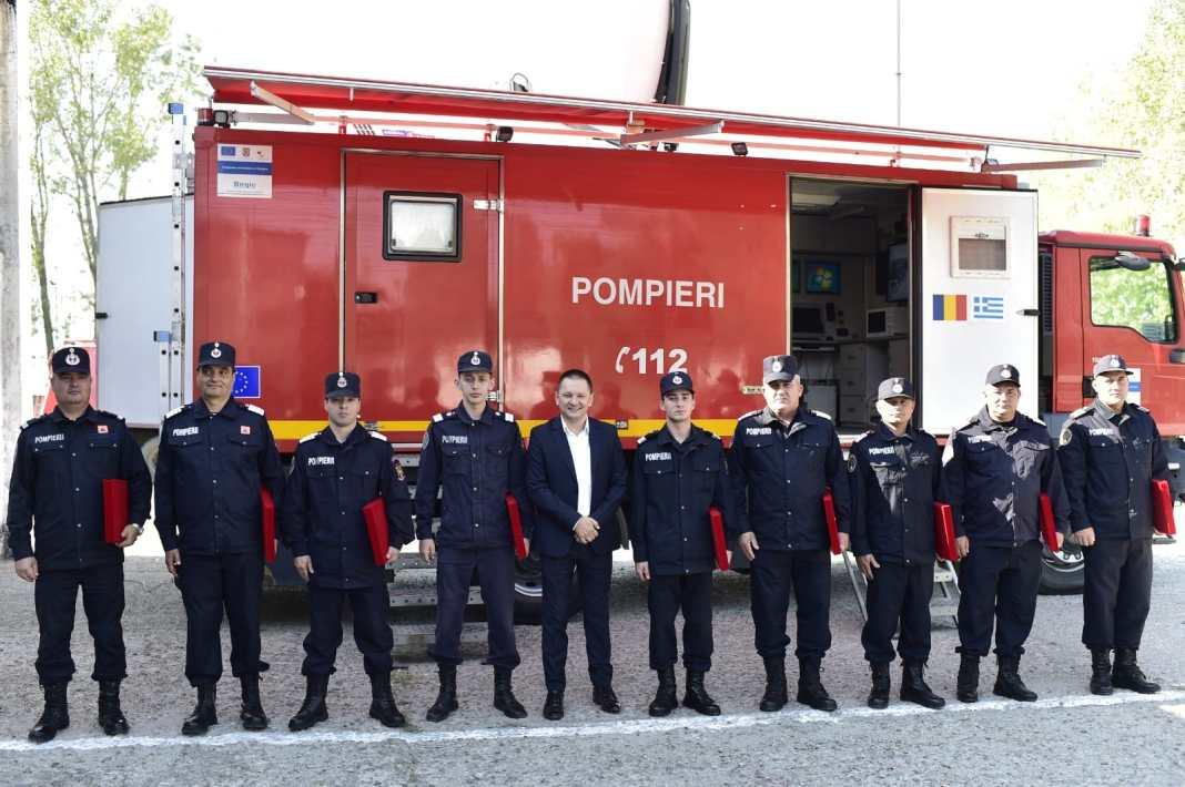 Au fost premiați pompierii olteni plecați, vara aceasta, în Grecia