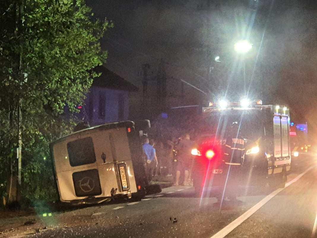 Gorj: Patru persoane, rănite într-un accident rutier la Câmpu Mare