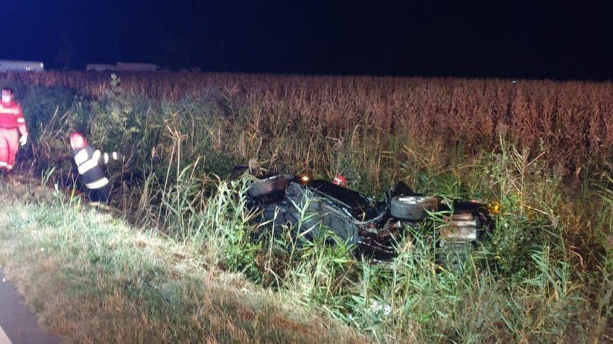 Un mort şi şase răniţi într-un accident cu patru maşini pe DN 2B