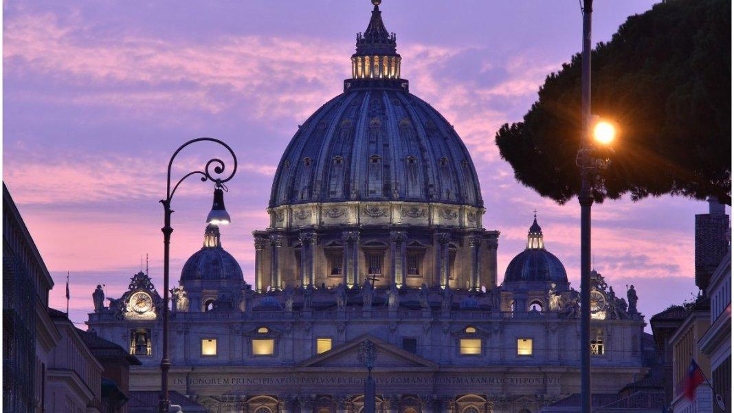 Certificat sanitar obligatoriu pentru lucrători şi pentru cei care vor vizita Cetatea Vaticanului