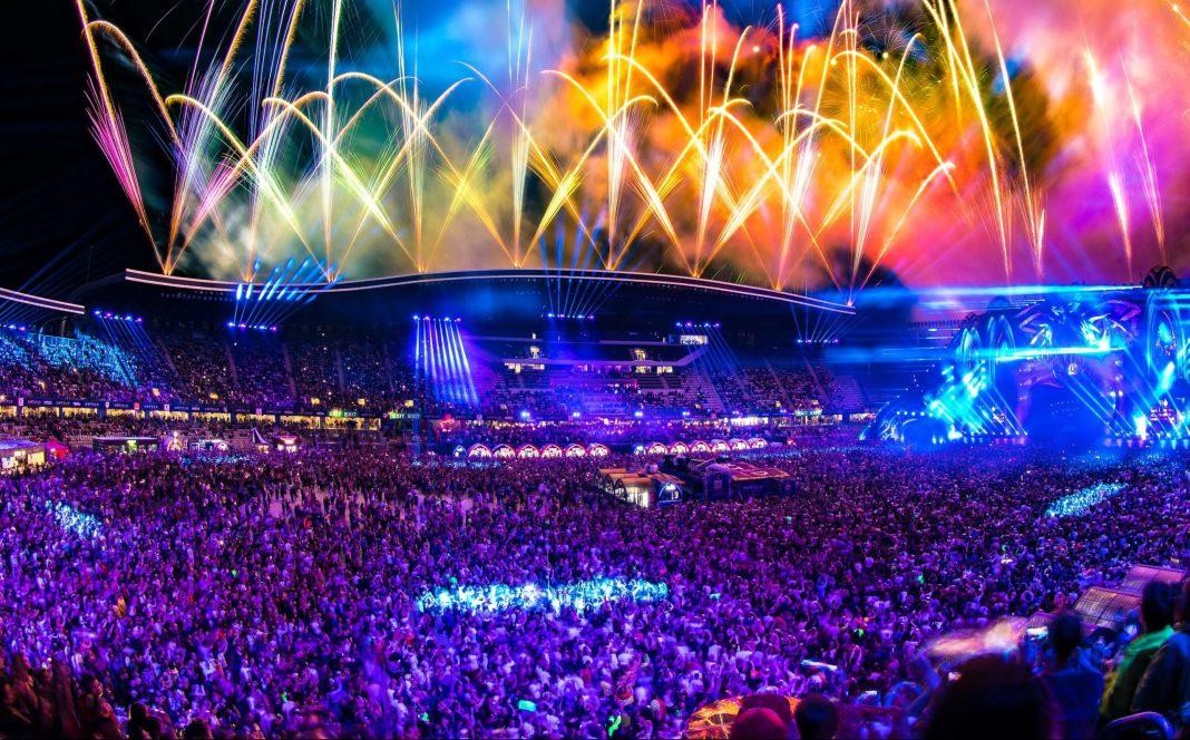 Peste 56.000 de oameni au participat la prima zi a festivalului UNTOLD